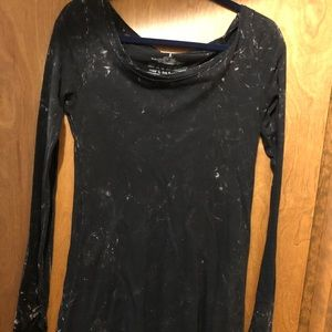 """""""WITNESS BRAND"""" KNIT TOP SIZE SMALL"""